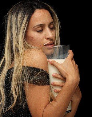 Can drinking milk increase breast size